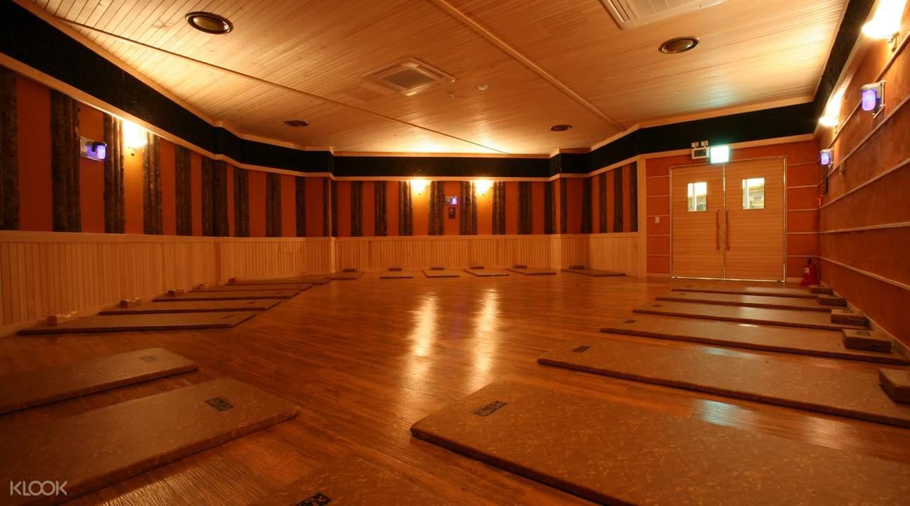 sauna room inside ocean park